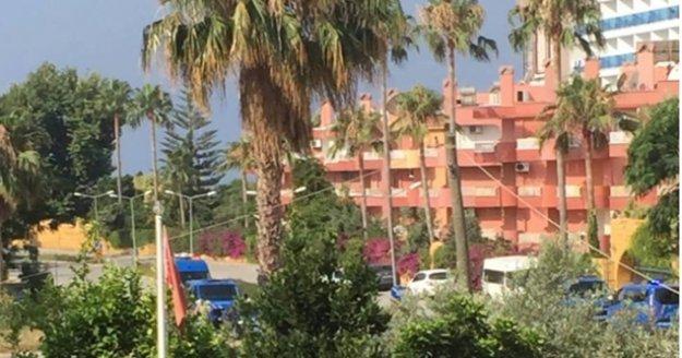 Alanya'da 2. kattan düşen adam hayatını kaybetti