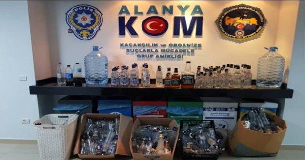 Alanya'da ocakbaşına sahte içki baskını
