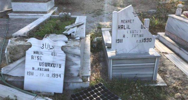 Alanya'da şok olay! Mezar taşlarını parçaladılar