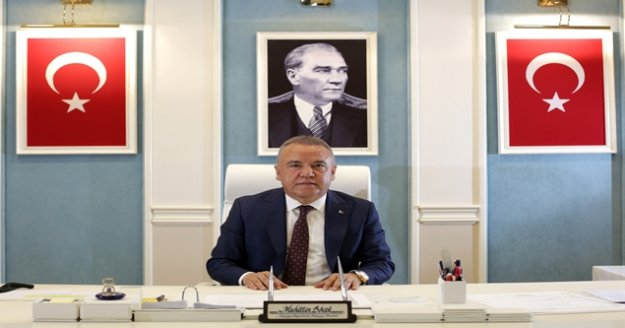Başkan Böcek'ten, Gazeteciler ve Basın Bayramı mesajı