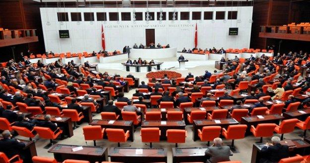 CHP ve MHP milletvekilleri arasında tartışma