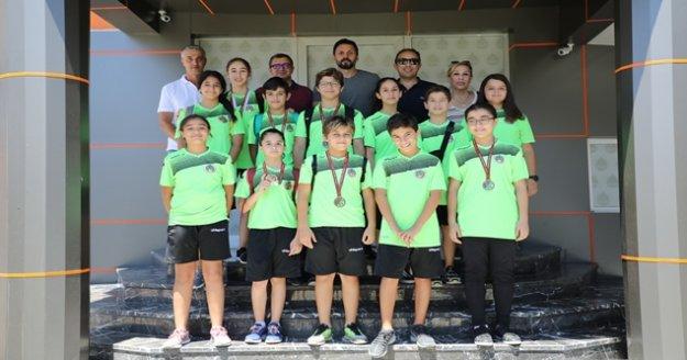 Eskrim takımının Alanyaspor Kulübüne ziyareti