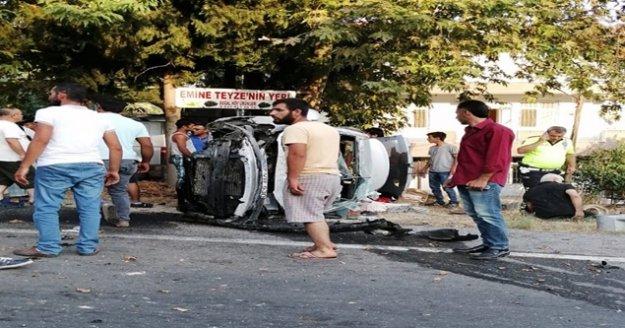 Düğünden Alanya'ya dönerken feci kaza: 3 yaralı