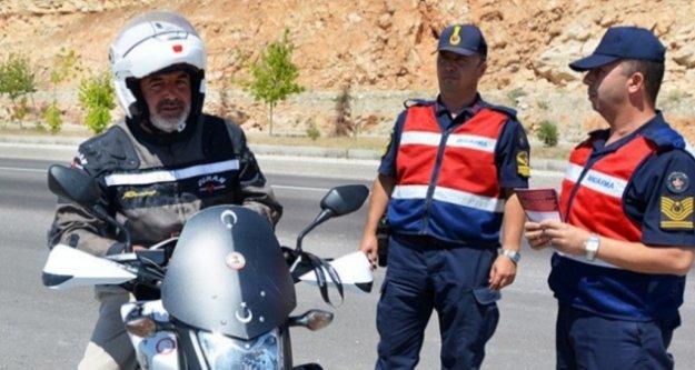 Alanya'da jandarma motosikletleri mercek altına aldı