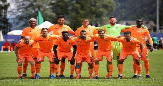 Alanyaspor Schalke'ye yenildi: 2-0