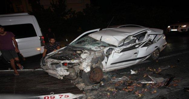 Alkollü sürücü ışıkta bekleyen araçların arasına daldı
