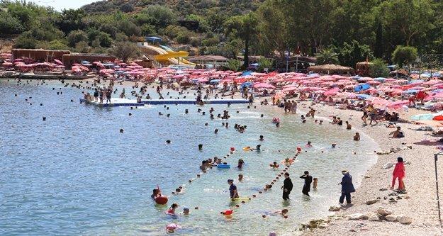 Antalya'nın o ilçe nüfusu bayramda ikiye katlandı