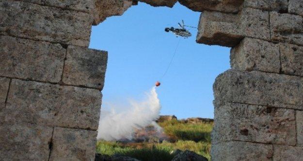 Antik kenti tehdit eden yangın