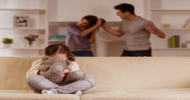 """'Aile içi şiddet bulaşıcıdır, çocukları da etkiler"""""""