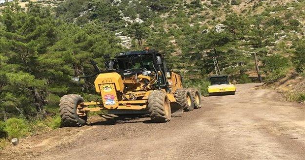 Alanya'da kırsal mahallelerin yol sorunu çözülüyor