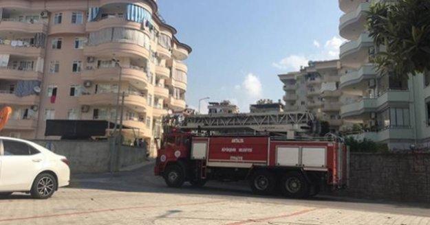 Alanya'da lüks dairede korkutan yangın