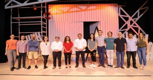 Alanya Belediye Tiyatrosu sezonu açıyor