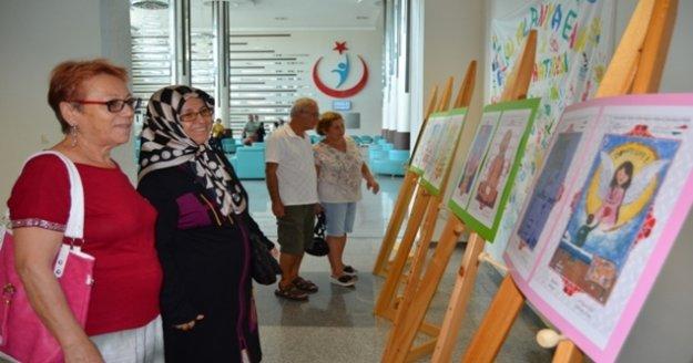 Alanya'da hasta çocukların yaptığı eserler sergileniyor