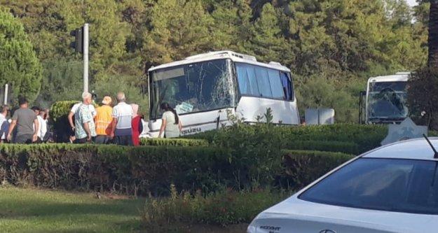 Alanya'da iki minibüs çarpıştı: Çok sayıda yaralı var