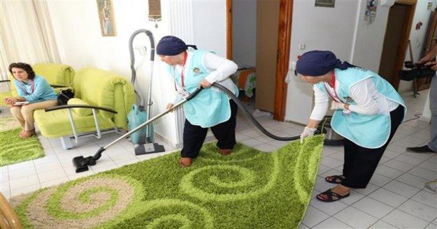 Alanya'da konut temizlik hizmeti sürüyor