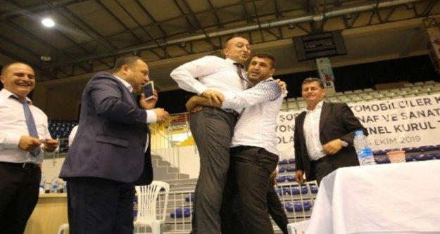 Antalya Şoförler ve Otomobilciler Odası Başkanlığına Özçelik seçildi