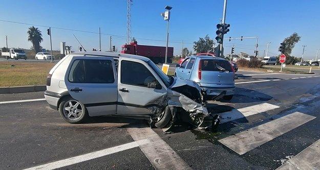 İki trafik kazası: 4 yaralı var