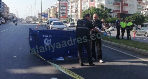 Alanya'da feci kaza: Bir kadın hayatını kaybetti
