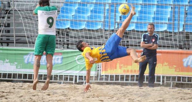 Alanya'da kumda çeyrek final maçları oynandı