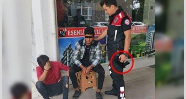 Alanya'da okul önünde tabancayla yakalandı