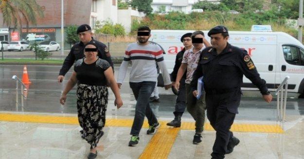 Alanya'da tepsi ve plastik kasa hırsızları yakalandı