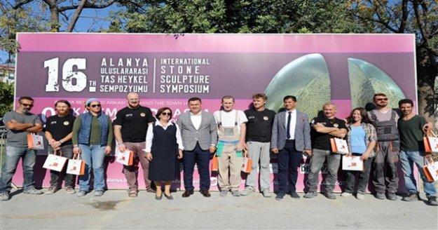 Alanya Uluslararası Taş Heykel Sempozyumu başladı