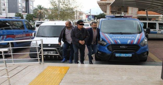Alanya'da hapis cezasıyla aranan şüpheli hastanede yakalandı