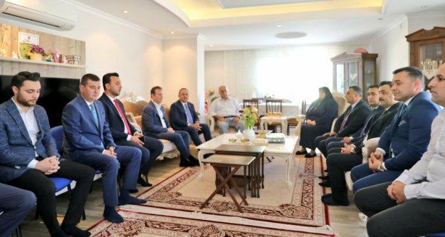 Bakan Çavuşoğlu'ndan başkan Yücel'e taziye ziyareti