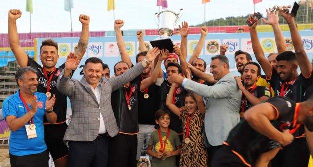 Plaj Futbolu'nda şampiyon Alanya Belediyespor oldu