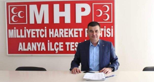 Türkdoğan öğretmenler gününü kutladı