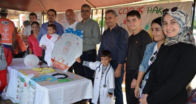Uçurtma şenliğinde çocukların sağlık hakları anlatıldı