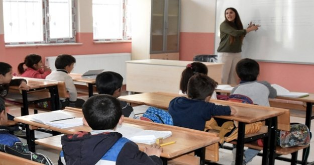 20 bin sözleşmeli öğretmen alımı için takvim açıkladı