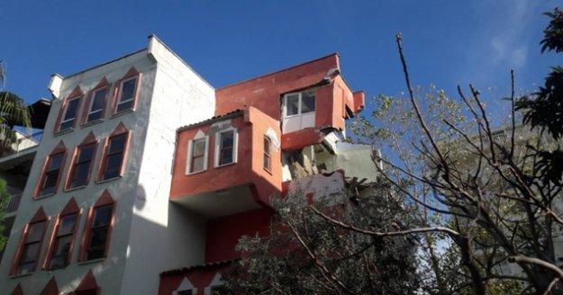 Alanya'da 5 katlı binanın üst dairesi yıkıldı