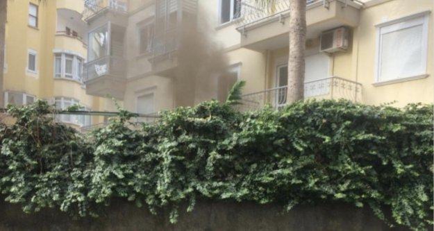 Alanya'da sitede korkutan yangın