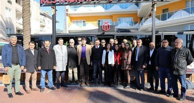 Alanyalı gazeteciler 10 Ocak'ı kutladı
