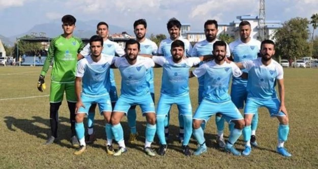 Hakemi darp edip ölümle tehdit eden Gazipaşalı futbolcuya 25 maç ceza