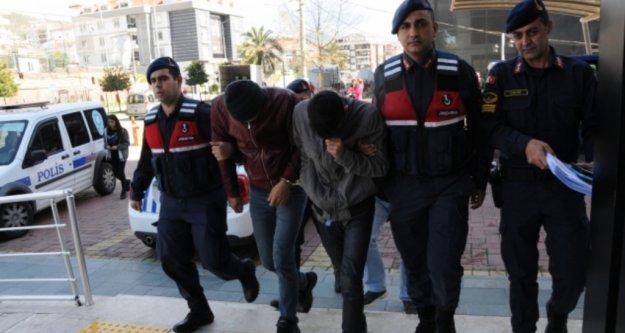 Alanya'da 10 ton muz çaldığı iddiasıyla yakalanan şüpheliler serbest!