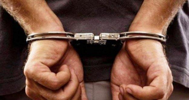 Alanya'da aranan 2 kişi tutuklandı