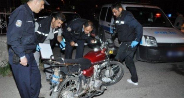 Alanya'da çalıntı motosikletle gezerken yakalandı!