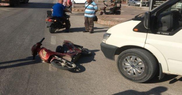 Alanya'da otomobilin çarptığı bisikletli yaralandı
