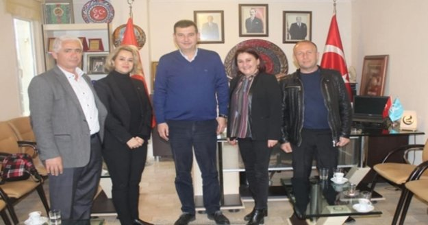 Keyaoğlu'ndan MHP ve CHP'ye dernek ziyareti