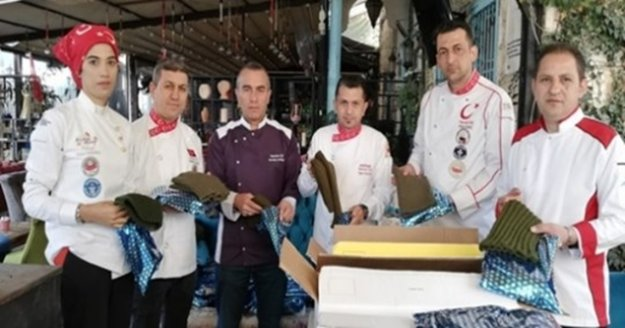 Mehmetçik için atkı, bere, eldiven kampanyası başlatıldı