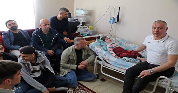 SMA Hastası 3,5 yaşındaki Uğur'a Turanspor desteği