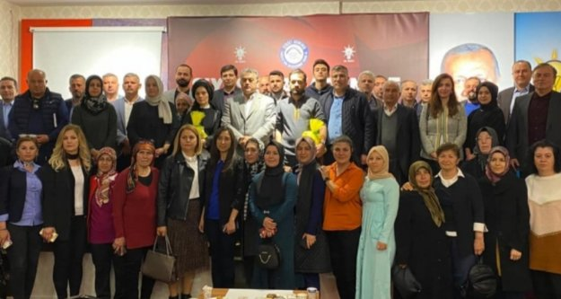 Alanya Ak Parti'de siyaset akademisi başladı
