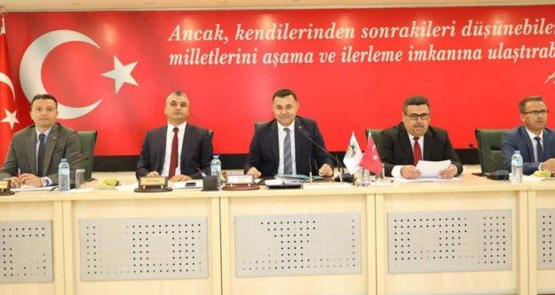 Alanya ve Antalya Belediye meclis toplantıları 3 ay ertelendi