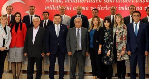 Yücel 4 maaşıyla Erdoğan'ın başlattığı kampanyaya katıldı