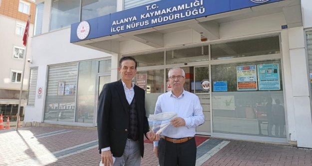 Akçalıoğlu'ndan maske jesti