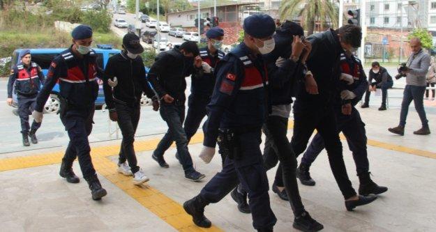 Kongo'dan Alanya'ya okumaya gelen öğrenci kaçak kazıda yakalandı