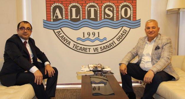 ALTSO ve ALKÜ'den yerleşik yabancılara Türkçe kursu
