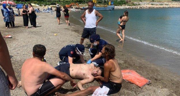 Alanya'da denizde boğulma tehlikesi geçiren genç yaşam savaşı veriyor